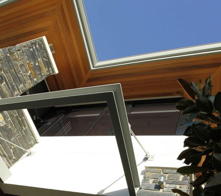 Trigg-modern-eaves.jpg