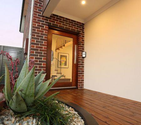 Sandalford-porch.jpg