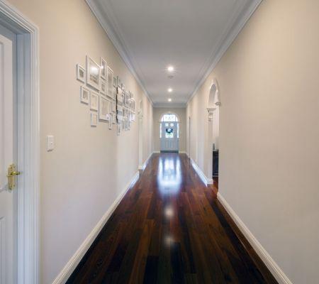 gallery-parkerville-hallway.jpg